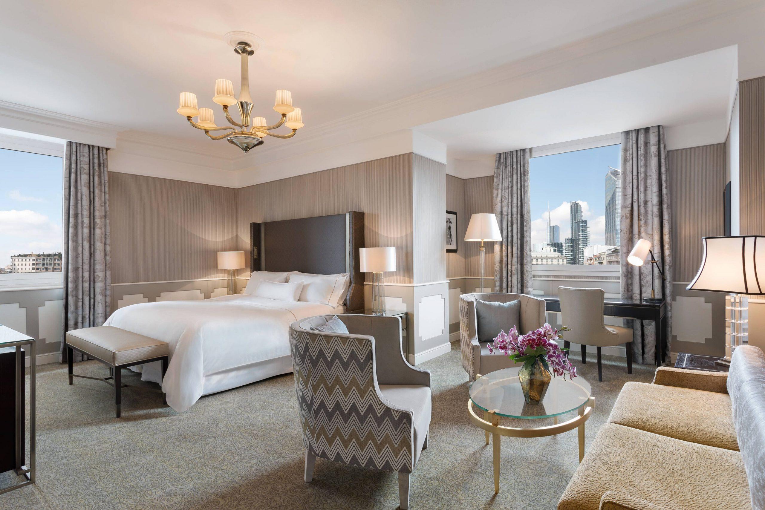 milwi-contemporary-guestroom-7927-hor-clsc
